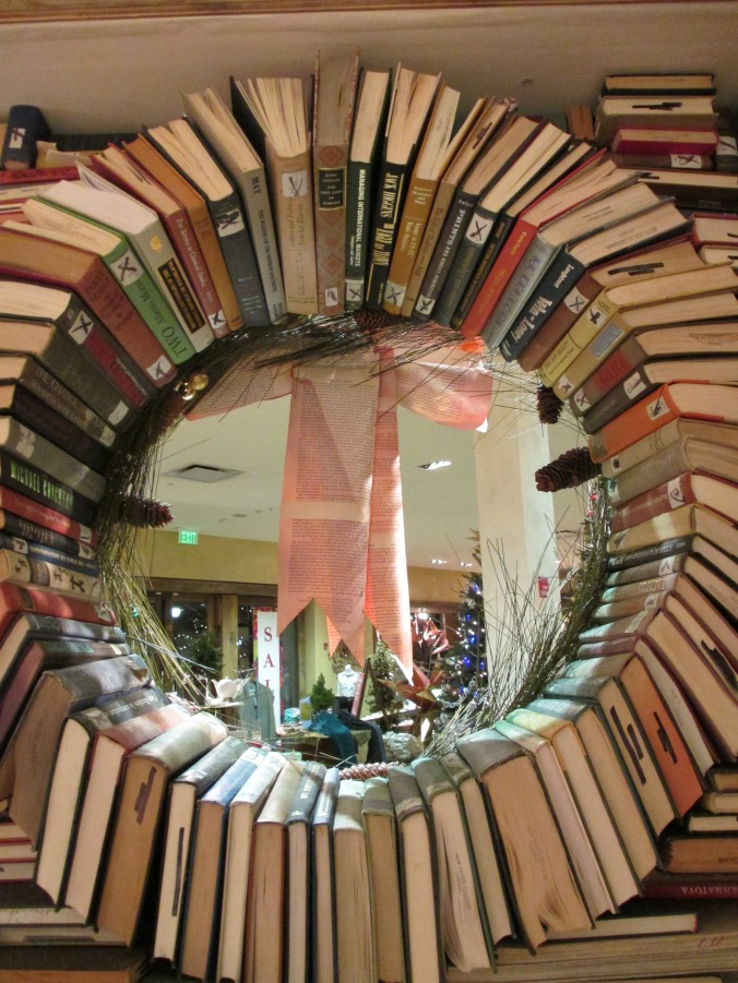 Book Wreath (back)